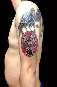 八咫烏と鬼ダルマの刺青、和彫り(Japanese Tattoo)画像