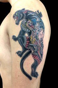 ブラックパンサーのTattoo(タトゥー)、洋彫り画像
