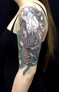 龍・ワンポイントの刺青、和彫り画像