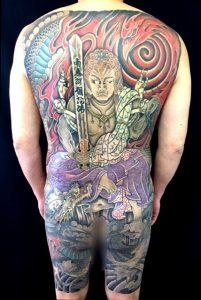 不動明王と龍の刺青、和彫り(Japanese Tattoo)画像