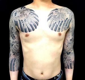 紅葉と波しぶきの刺青、和彫り(Japanese Tattoo)画像