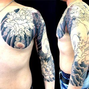 吽形の唐獅子牡丹の刺青、和彫り(Japanese Tattoo)画像