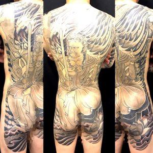 不動明王と迦楼羅炎の刺青、和彫り(Japanese Tattoo)の画像