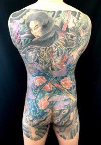 九紋龍史進と柳の刺青、和彫り(Japanese Tattoo)画像