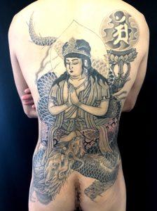 騎龍観世音菩薩の刺青、和彫り(Japanese Tattoo)画像