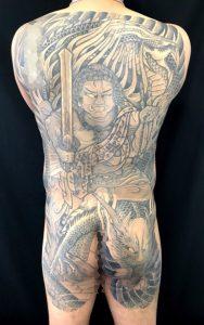 不動正面龍の刺青、和彫り(Japanese Tattoo)画像