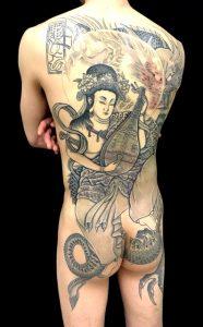 弁財天と正面龍の刺青、和彫り(Japanese Tattoo)画像