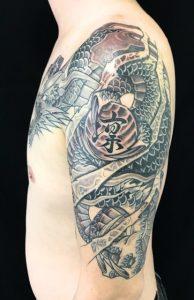 阿形の龍と珠の刺青、和彫り(Japanese Tattoo)画像