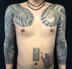 蛇と生首の刺青、和彫り(Japanese Tattoo)の画像です。