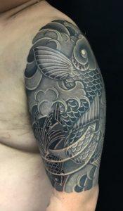 鯉と金魚の刺青、和彫り(Japanese Tattoo)の画像です。