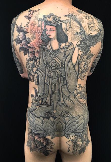 吉祥天・鷹・牡丹 ※創作デザインの刺青、和彫り(Japanese Tattoo)画像です。