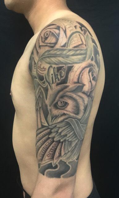 梟とローズマネーのTattoo(タトゥー)、洋彫りの画像です。
