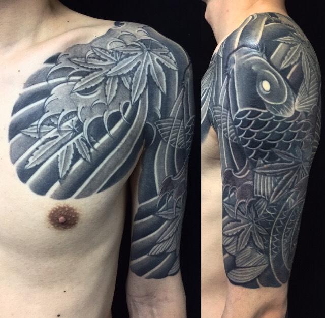 鯉と紅葉の刺青、和彫り(Japanese Tattoo)の画像です。