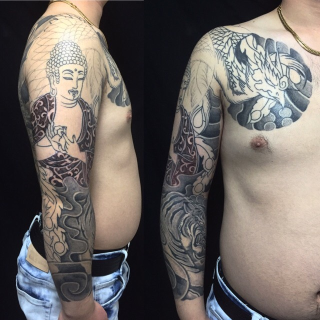 釈迦如来・朱雀・白虎の刺青、和彫り(Japanese Tattoo)の画像です。