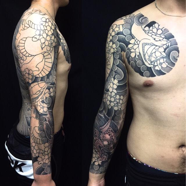 蛇・羅生門・花水木の刺青、和彫り(Japanese Tattoo)の画像です。