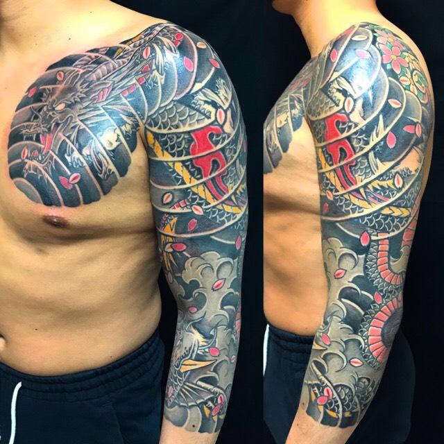 龍・登龍門・桜の刺青、和彫り(Japanese Tattoo)の画像