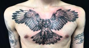 鷹のワンポイントTattoo(タトゥー)の画像
