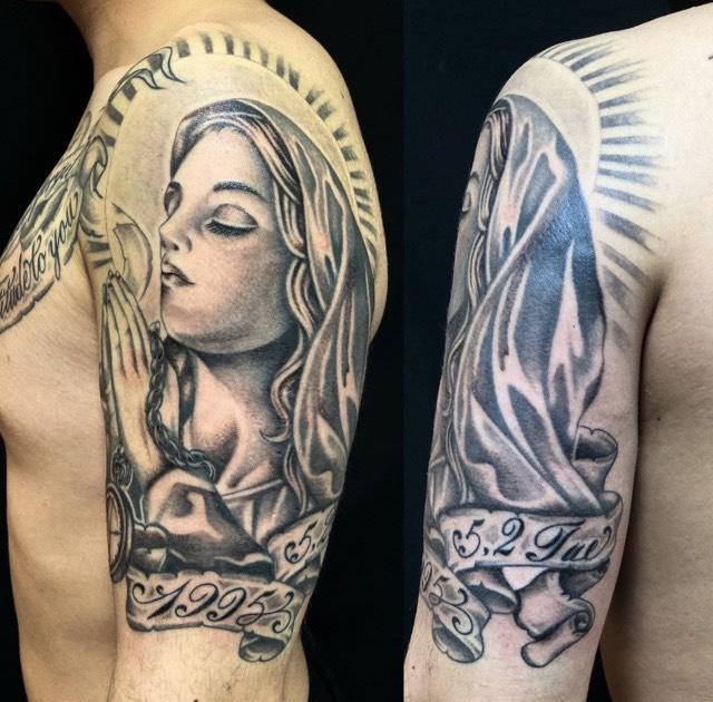 聖母マリア・懐中時計・リボン・レタリング・満月のワンポイントTattoo(タトゥー)の画像