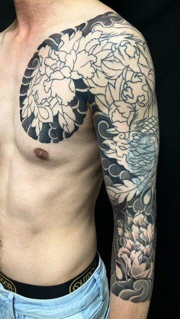 鳳凰・牡丹・カバーアップ・控え七分袖の刺青、和彫り(Japanese Tattoo・タトゥー)の画像