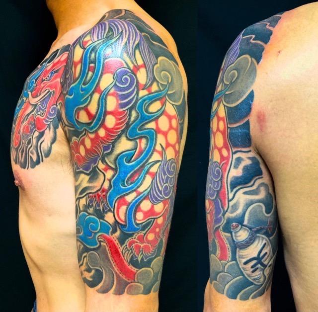 漠・控え五分袖の刺青、和彫り(Japanese Tattoo・タトゥー)の画像