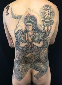 騎龍観世音菩薩の刺青、和彫り(Japanese Tattoo)の画像です。
