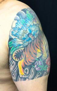 虎と牡丹 ※カバーアップの刺青、和彫り(Japanese Tattoo)の画像です。