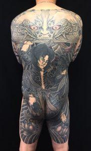 張順水門破り・生首・蓮の刺青、和彫り(Japanese Tattoo)の画像です。